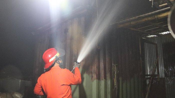 Blower di Jalan Lingkar Selatan Kabupaten Serang Meledak Kemudian Terbakar, Baru Padam Rabu Malam