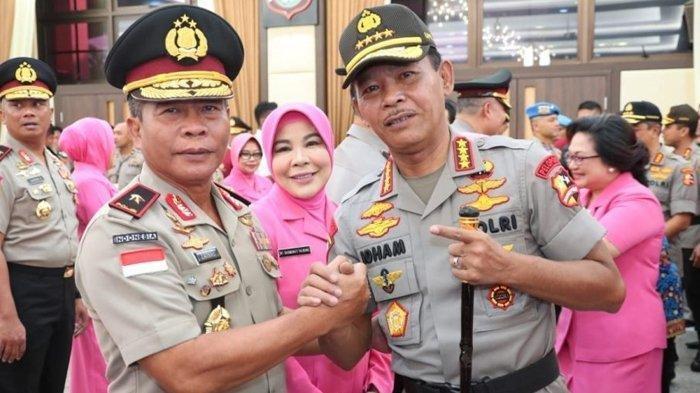 Brigjen Pol Zainal Arifin Paliwang saat menerima kenaikan pangkat jenderal bintang satu Polri dari Kapolri Jenderal Idham Azis, Februari 2020.