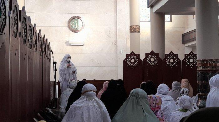 Sambutan Bupati Pandeglang Irna Narulita Salat Id di Masjid Agung Ar-Rahman: Maaf Lahir dan Batin