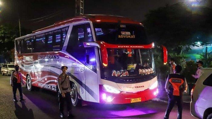 Lima Hari Larangan Mudik, 3 Bus Nekat Bawa Penumpang ke Arah Serang, Begini Nasibnya
