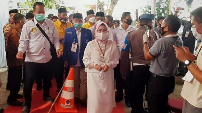 Calon Bupati Serang petahana Ratu Tatu Chasanah