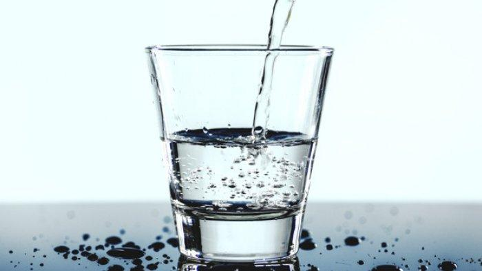 KUNCI JAWABAN Tema 8 Kelas 5 Halaman 99 Syarat-syarat Air yang Layak Kita Gunakan sebagai Air Minum