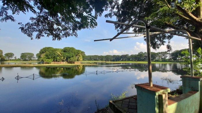 Danau Tasikardi di Kecamatan Kramatwatu, Kabupaten Serang, Sabtu (13/2/2021).