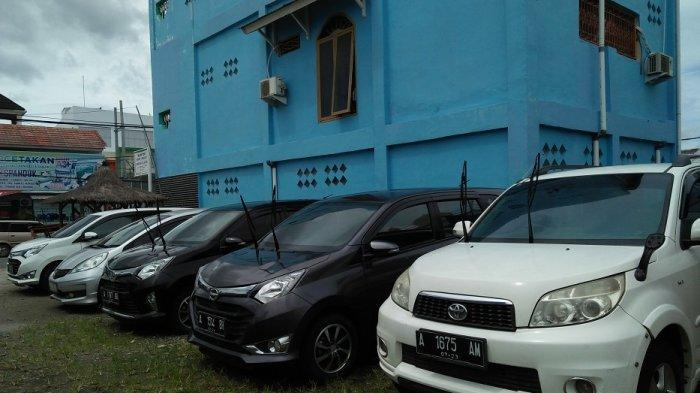 Libur Natal dan Tahun Baru Mau Nyewa Mobil? ini Tarif dan Syarat Sewa Mobil di Kota Serang