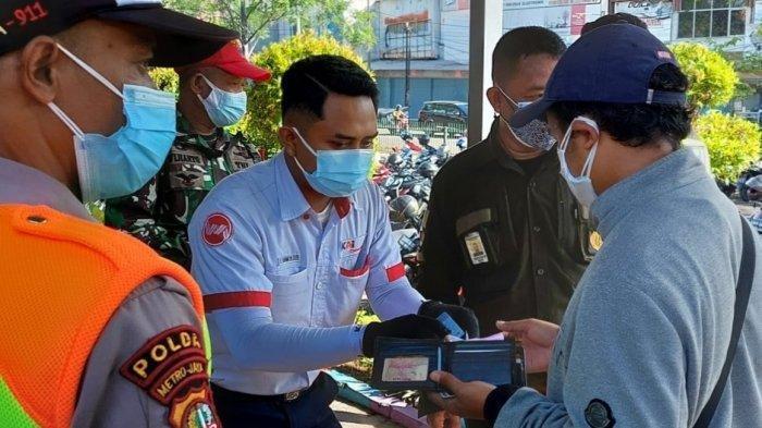 Syarat Naik KRL Wajib Bawa STRP, Penumpang di Stasiun Tangerang Cekcok dengan Petugas