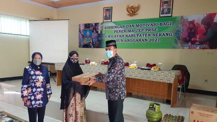 80 Perempuan di Kabupaten Serang Dapat Bantuan Usaha Ekonomi Produktif