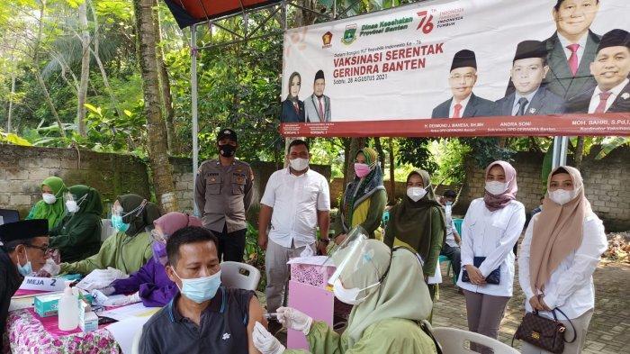 Animo Masyarakat Tinggi Ikuti Vaksinasi dari Gerindra Banten di Baros