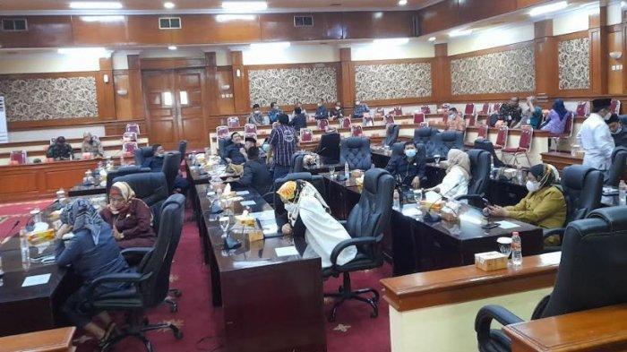 Banyak Anggota DPRD Kabupaten Serang Bolos Saat Rapat RPJMD Tanpa Ada Kabar