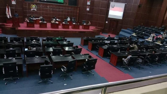 Wali Kota Serang Menyampaikan LKPJ, Hanya Dihadiri 20 Anggota DPRD