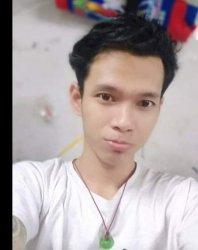 Endang (28), korban hilang dalam insiden perahu penyeberangan terbalik di Sungai Ciujung di Kampung Penyabrangan, Desa Panosogan, Kabupaten Serang, Sabtu (27/2/2021) subuh.
