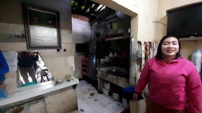 Wanita Ini Tetap Berjualan Meski Dapur Warteg Tertimpa Pohon Tumbang di Serpong, Begini Ceritanya