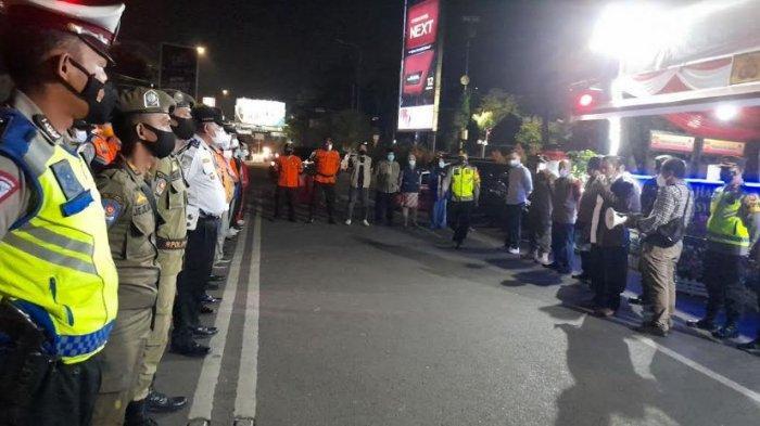 Wali Kota Serang, Forkopimda dan Tim Gabungan Periksa Pos Penyekatan