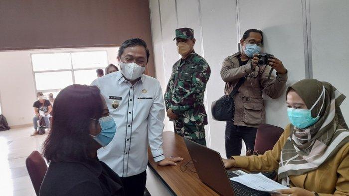 Fasilitasi Vaksinasi Covid-19 untuk ODHA dan Transpuan, Wakil Wali Kota Serang: Vaksin Aman!