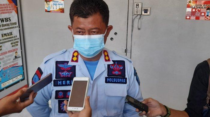 Mantan Wali Kota Cilegon TB Iman Ariyadi Bebas dari Lapas Serang