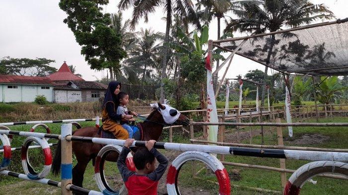Wisata Edukasi di Kabupaten Serang, Kampung Wisata Ciomas Kenalkan Anak kepada Alam Sejak Dini