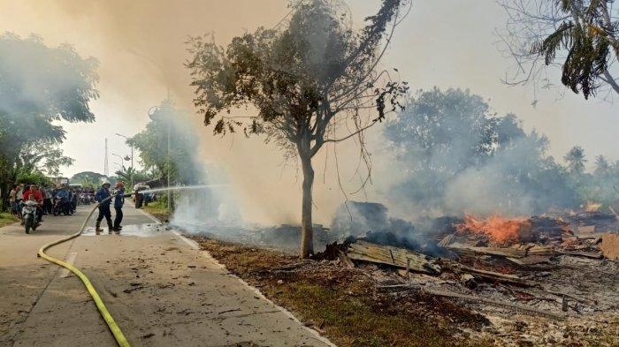 Kebakaran saat Hari Lebaran, Toko Panglong di Kota Serang Hangus Dilahap Si Jago Merah