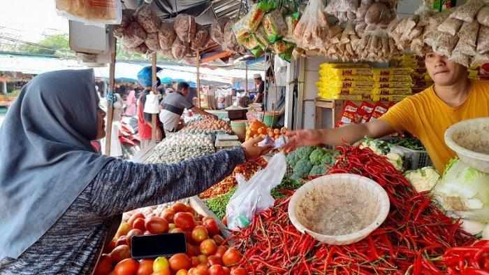 Makin Pedas! Harga Cabai Merah di Pasar Induk Rau Merangkak Naik