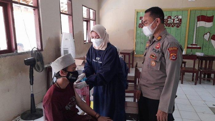 Polsek Curug Gelar Sentra Vaksinasi di YPI Jariyatul Islamiyah Serang, Ini Daftar Syarat Penerima