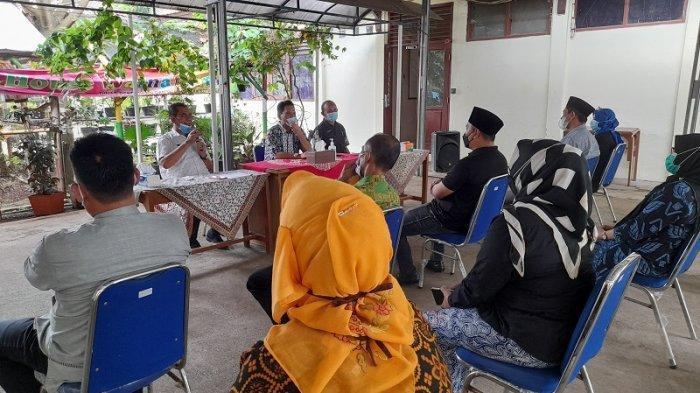 Sekda Kota Serang Sidak ke Kantor Dinas Pendidikan, Perintahkan ASN dan Tenaga Pengajar Tidak Mudik