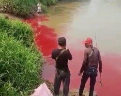 Heboh Sungai Cisadane Berubah 'Merah Darah', Diduga Ini Penyebabnya