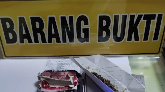 Pemuda di Tangerang Diamankan Karena Kantongi Tembakau Sintesis