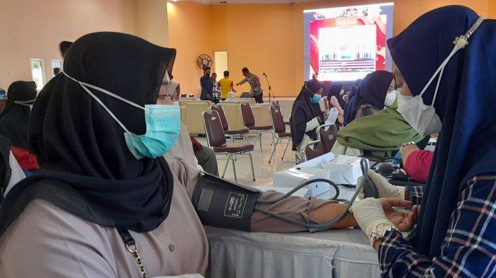 3000 Mahasiswa Ikuti Vaksinasi Covid-19 di UIN SMH Banten