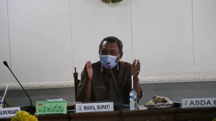 Wakil Bupati Serang Sampaikan Persoalan Sampah ke DPRD Banten