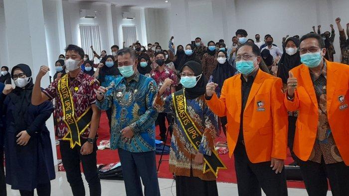 Motivasi Mahasiswa Baru Universitas Primagraha, Wali Kota Serang: Siapa Tau Jadi Kepala Daerah!
