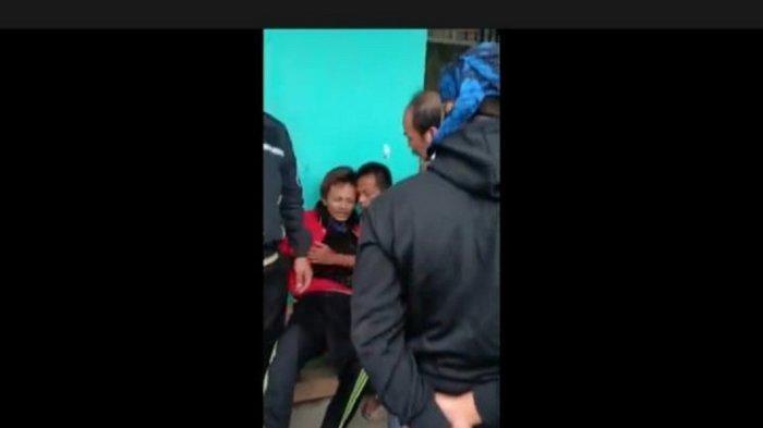 Detik-detik Pria ODGJ Tikam 3 Orang di Bandung Barat, Korban Terakhir Baru Datang Langsung Ditusuk