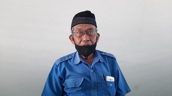 Curhat Penjual Tiket Bus 71 Tahun di Terminal Pondok Cabe Pasca-Larangan Mudik