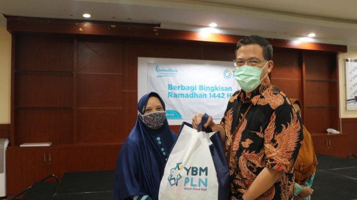 Berkah Ramadan, YBM PLN UID Banten Salurkan 7.000 Paket Sembako Senilai Total Rp 1,75 Miliar