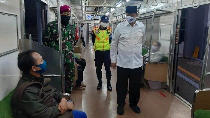 Gubernur Banten Wahidin Halim Pagi-pagi Sudah ke Stasiun Kereta, Ada Apa?