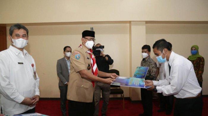 16.165 Guru dan Tenaga Kependidikan Sekolah Swasta di Banten Tingkat SMA Dapat Insentif Rp 1,5 Juta