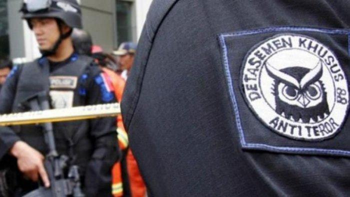 Penangkapan Terduga Teroris di Mancak Kabupaten Serang, Polres Cilegon Back up Kerahkan 45 Personel