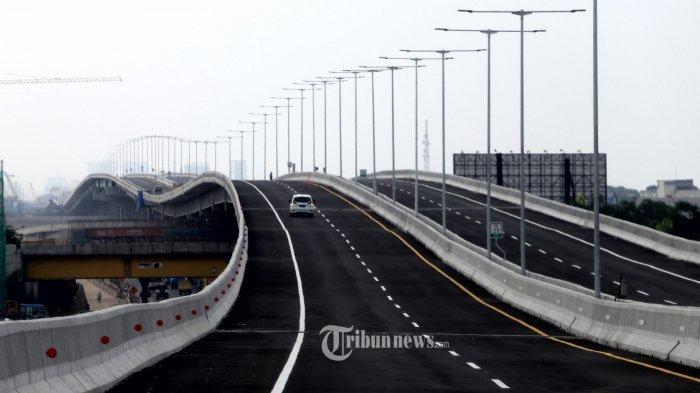 Malam Tahun Baru, Volume Kendaraan di Tol Tangerang-Merak Meningkat