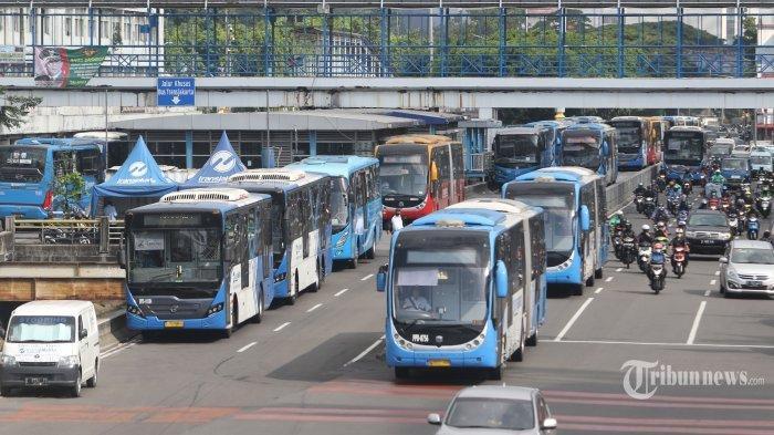 Bepergian Saat Pandemi Covid-19: Pilih Transportasi Umum atau Pribadi, Mana Yang Lebih Aman?