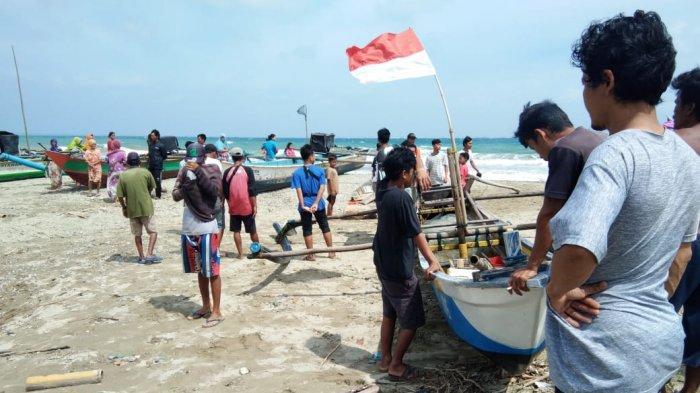 Perahu Diterjang Ombak, Nelayan Pandeglang Hilang