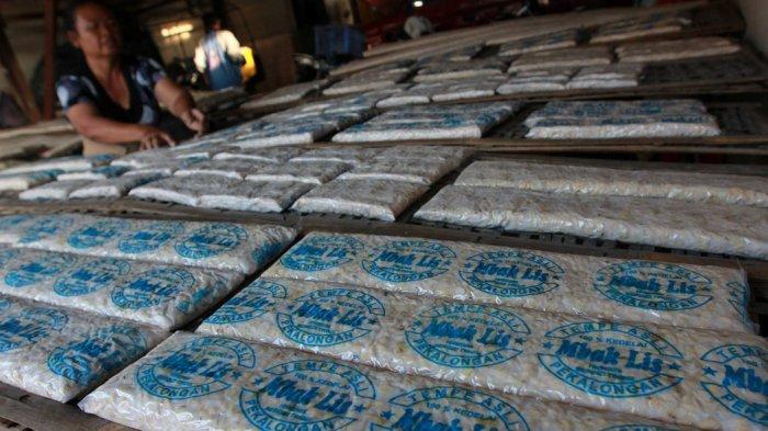 Kenaikan Harga Kedelai Membuat Pedagang Tahu dan Tempe di Kota Tangerang Mogok Jualan