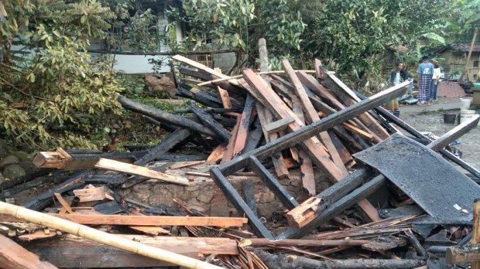 Bangunan Majelis Taklim di Pandeglang Terbakar, Diduga akibat Korsleting Listrik
