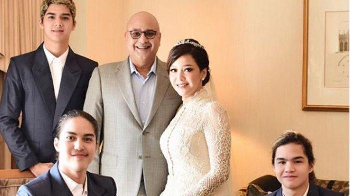 Irwan Mussry Beri THR Amplop Tebal untuk Putra Maia Estianty, Al El Dul Histeris Pas Lihat Jumlahnya