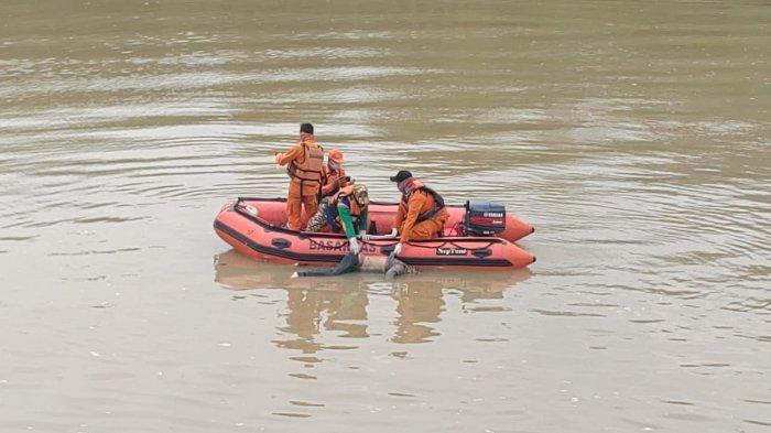 Korban Perahu Eretan Terbalik di Sungai Ciujung, Ditemukan Sejauh 21 Kilometer dari Lokasi Kejadian