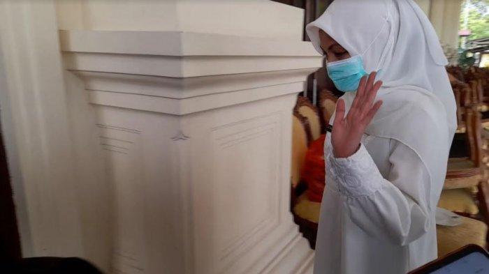 Diperiksa Terkait 20 Pejabat Dinkes Banten Mengundurkan Diri, Ati Pramudji Kembali Bungkam