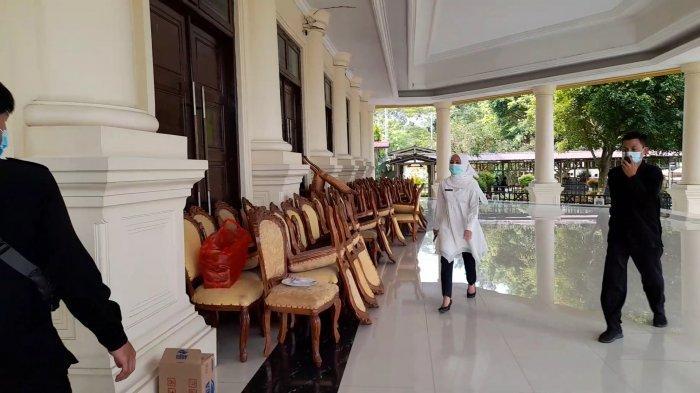 20 Pejabat Dinkes Jalani Pemeriksaan, Kadinkes Banten Datangi Aula Pendopo Gubernur