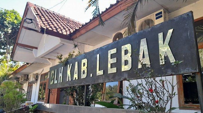 Kantor Dinas Lingkungan Hidup (DLH) Kabupaten Lebak, Jalan Siliwangi nomor 33, Rangkasbitung Timur, Kecamatan Rangkasbitung, Kabupaten Lebak, Banten, Jumat (q23/4/2021).