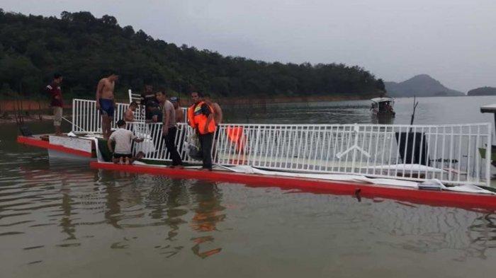Saat Hendak Kembali, Kapal Angkut 40 Wisatawan Tenggelam Berjarak 1 Km dari Dermaga