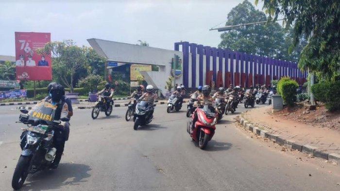 Kapolda Banten, Irjen Pol Rudi Heriyanto menggelar patroli mobile ke beberapa TPS Pilkades di Kabupaten Serang