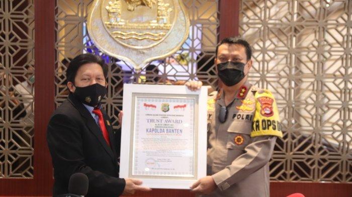 Selamat! Kapolda Banten Irjen Pol Rudy Heriyanto Adi Nugroho Terima Penghargaan Trust Award