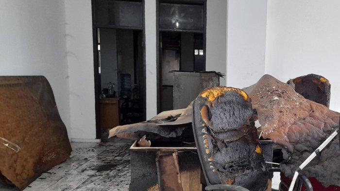 Ini Dugaan Penyebab Kebakaran di Ruang Fraksi PAN DPRD Kabupaten Serang