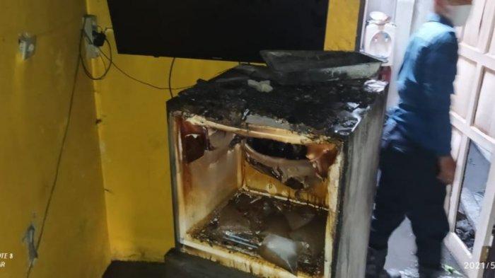 Rumah Warga di Cipocok Jaya Kebakaran, Kulkas Hingga Atap Dapur Hangus