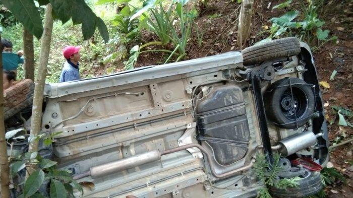 Kecelakaan Maut di Pandeglang, Mobil Masuk Jurang Setelah Menabrak Motor, Satu Orang Tewas
